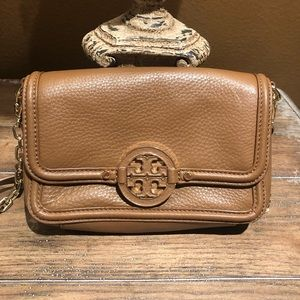 Tory Burch || Amanda Chain Mini Crossbody Bag